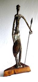 Guerrier Massaï   Hauteur 58cm  Inox bois