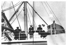 Gustav Mahler acompañado por su esposa en la travesía entre New York y Europa, el 8 de Abril de 1911.