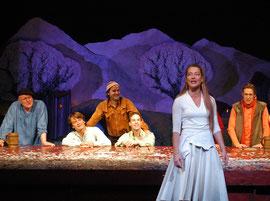 """""""Die Brüder Löwenherz"""" im Grillo Theater Essen - Rolle: Krümel Löwenherz (Foto: © X, 2005), mit Victoria Voss, Friedemann Thiele u.a."""