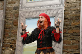 """""""Der Zauberer von Oz"""" bei den Burgfestspielen Mayen - Rolle: Böse Hexe des Westens (Foto: © Peter Seydel, 2007)"""