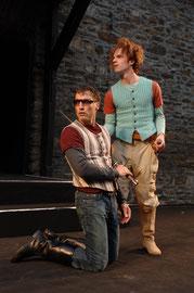 """""""Romeo und Julia"""" bei den Burgfestspielen Mayen - Rolle: Benvolio (Foto: © Peter Seydel, 2006), mit Folke Paulsen"""