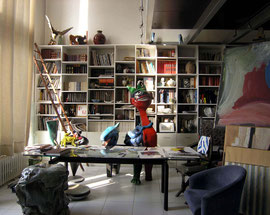 Jacky Coville-le bureau et son trône--Source: article Art côte Par Florence CANARELLI
