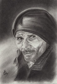 old man, charcoal, 30 x 40 cm, reference photo Jörg Peter