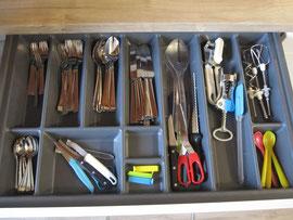 Messer, Gabel, Scheer und Licht