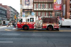 New York - Chinatown Impressionen Feuerwehr Einsatzfahrt