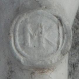MK, voor het eerst in Gouda gebruikt ca 1680 door Mels Danielsz Korthals