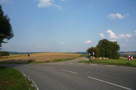 An dieser Stelle soll die zweite Werkszufahrt wohl von der L 547 abgehen.