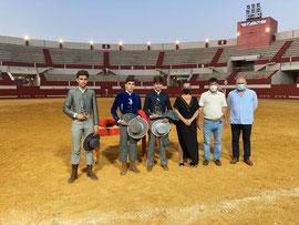 Los triunfadores con Carmen Cabra, Carmelo García y Manuel Cañaveral