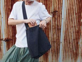 京都のバッグメーカー 革や帆布製のかばん・小物 キャンバスバッグ キャンバスショルダー(ネイビー)