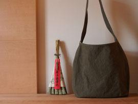 京都のバッグメーカー 革や帆布製のかばん・小物 キャンバスバッグ キャンバスショルダー(カーキ)