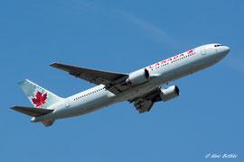 Boeing 767-300 - Air Cananda