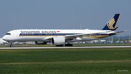 Boeing 777-300 - Singapore Airlines