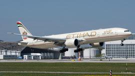 Boeing 777-300 - Etihad