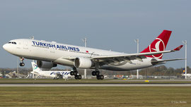 Airbus A330-200 - Turkish Airlines
