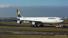 Airbus A340-300 - Lufthansa