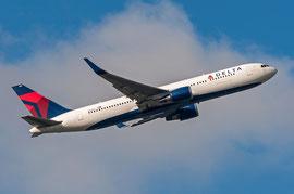 Boeing 767-300 -  Delta Airlines