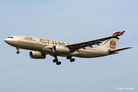 Airbus A330-200 - Etihad