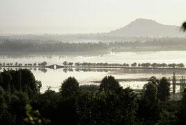 Foto entstanden vor 30 Jahren am Dalsee in Kaschmir, Farben verblasst