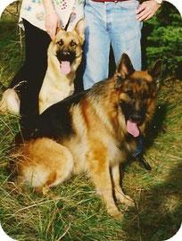 Junior et Melba...........mort tous les en 2005.