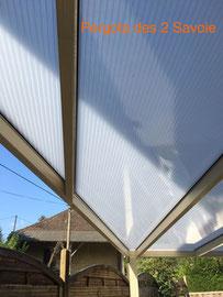 Créer des ambiances uniques, du sur mesure qui vous permet de profiter des espaces extérieurs à l'abri des intempéries ou des rayons UV.