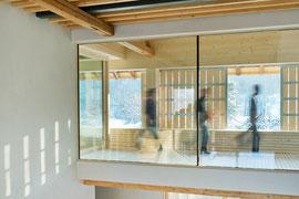 Stallumbau Gizehus Amriswil: Über das offene Treppenhaus (Foto Stephanie Künzler)