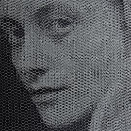 Simon, 2017, 80x80cm, dieci fogli di rete metallica intagliati a mano