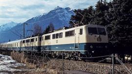 BR 111 Doppeltraktion nahe des Haltepunktes Kainzenbad in Garmisch-Partenkirchen (1979)