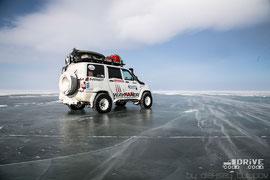 UAZ Patriot на льду моря Лаптевых. Фото фирменное