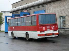 В корме подъемный люк от ЛиАЗ-5256, для загрузки запчастей. Минск. 07.18.2006