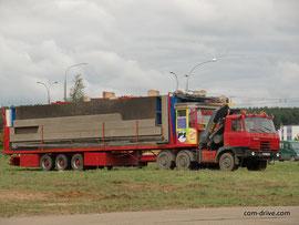Седельный тягач TATRA T815 N 6х6.1 с КМУ Berger