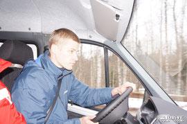 Коля в момент тест-драйва новой блокировки заднего моста на ГАЗели Бизнесс