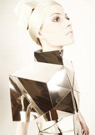 DANIELA KARLINGER // ORGANIC SHAPE / 1