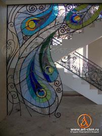 Кованый Витраж «Перья павлина» для Московского загородного дома на Лосином острове.