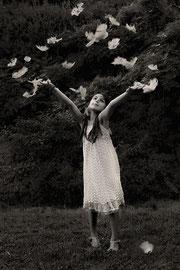 Flying away digital noir et blanc