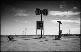 Noir et blanc argentique Leica M6 Californie, No man's land sur Art Limited selection.