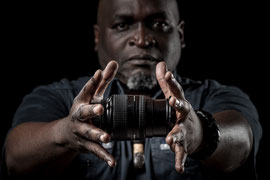 Samuel Nja Nkwa, Photographe et journaliste, © Zacharie Ngnogue