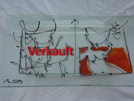 Glasteller mit Akt und Stieren