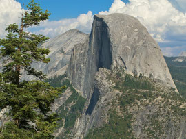 California, Yosemite National Park: view of Half Dome (8836 feet, 2693 metres) from Glacier Point