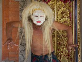 Bali, Batuan: Dewa Gede Mandra, master painter and mask-maker, displaying a caricature of an old man (tapel tua)
