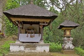 Bali: shrines at Gunung Kawi Temple