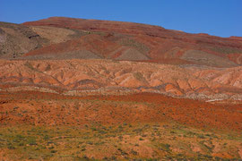 Coloured hillside betweenn Bluff & Mexican Hat, Utah