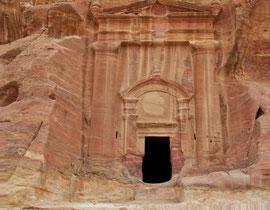 Jordan, Petra: the Renaissance Tomb (200 BC - 200 AD) in Wadi Farasa