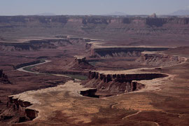 Canyonlands National Park, Utah: view from Green River Overlook with Turk's Head in centre