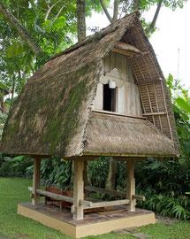 Bali, Ubud: a traditional rice granary (jineng) at the Kamaneka hotel