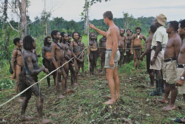 PNG, Nomad River area: linguist Clemens (Bert) Voorhoeve warning Biami tribesmen not to trespass into our camp near Waribi longhouse