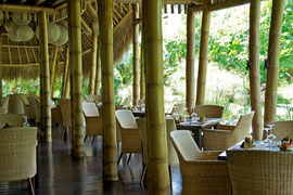 Bali, Mambal: indoor restaurant at Five Elements spa