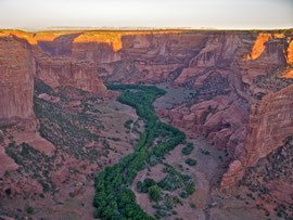 Canyon de Chelly, Arizona: view from Spider Rock Overlook