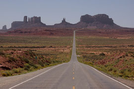 Approaching Monument Valley along Route 163