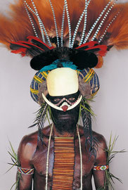 PNG, Western Highlands, Baiyer River, Melpa tribe: a man named Kin'gal from Andinga village