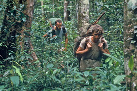PNG: Max Smart (right) & Derek Skingle trekking between Lake Murray & Kiunga